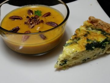 Carrot Soup with Toasted Pecans