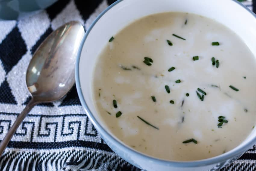 asparagus soup in white and gray bowl