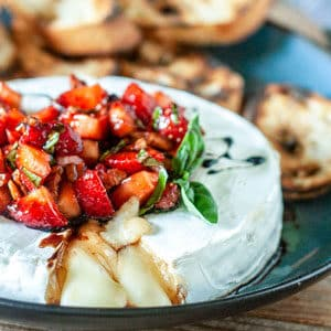 grilled brie topped with strawberries